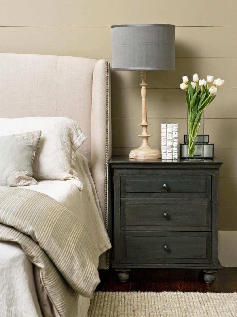 original_Linda-McDougal-gray-nightstand-neutral-bedroom_v.jpg.rend.hgtvcom.1280.1707