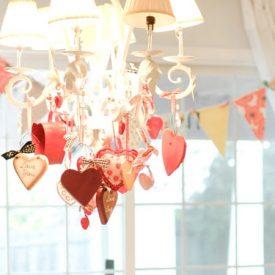 البيت هو مقر القلب: ديكور عيد الحب يمكنك التمتع به طوال العام