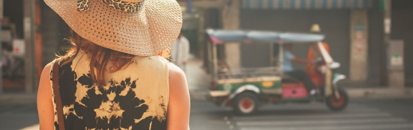 Travel like a native: 6 Ways to act like a native during your travels