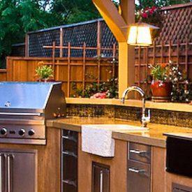 واحة للطهي: كيف تقوم بتصميم مطبخ خارجي؟