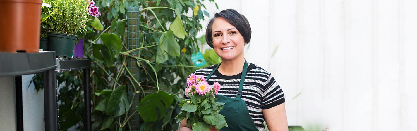 كيف تحافظ على النباتات المنزلية في 5 خطوات سهلة