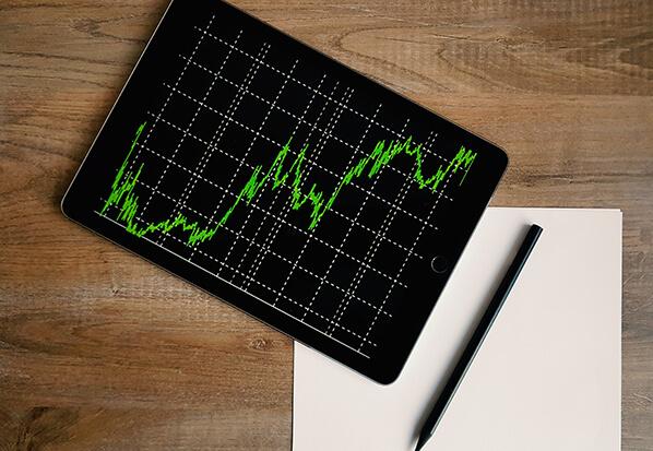العرض والطلب في السوق متغير هام