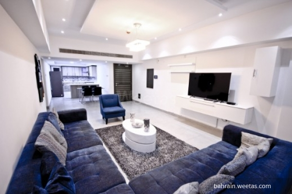 living room with dinning area