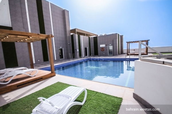 External swimming pool
