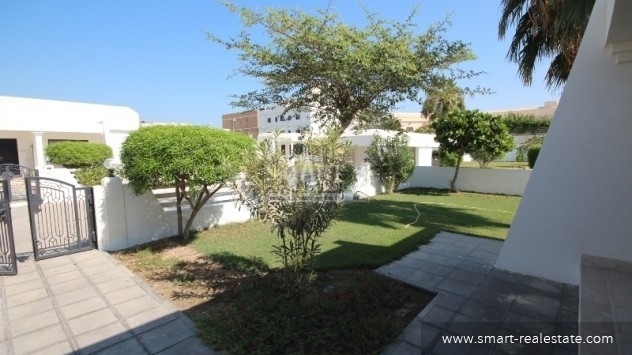Three Bedroom Villa in Janabiya