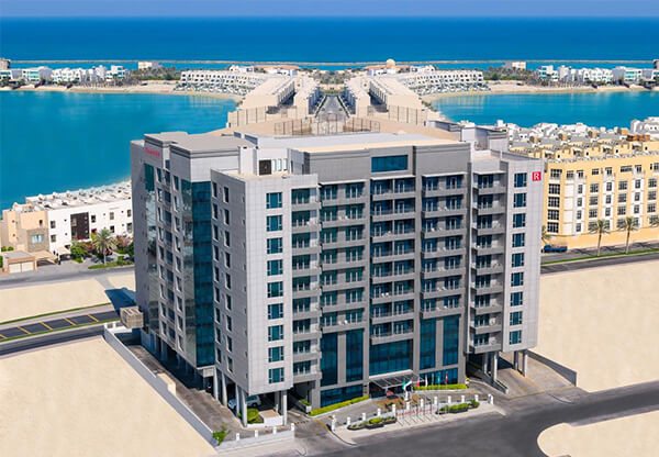 Ramada Hotel and Suites Amwaj Islands - Hotel apartment in Bahrain